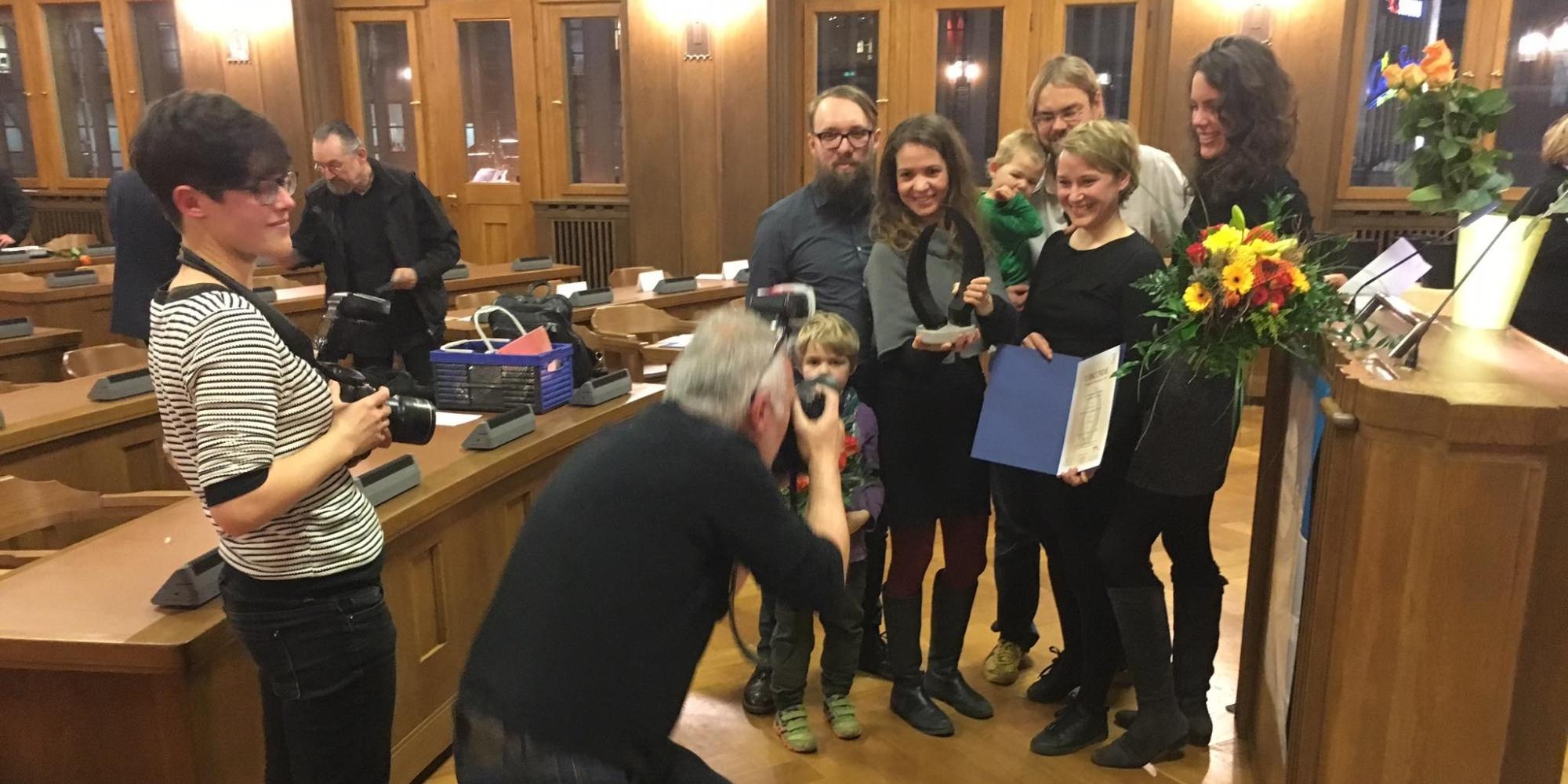 Theatertreffen Unentdeckte Nachbarn bekommt den Chemnitzer Friedenspreis 2017