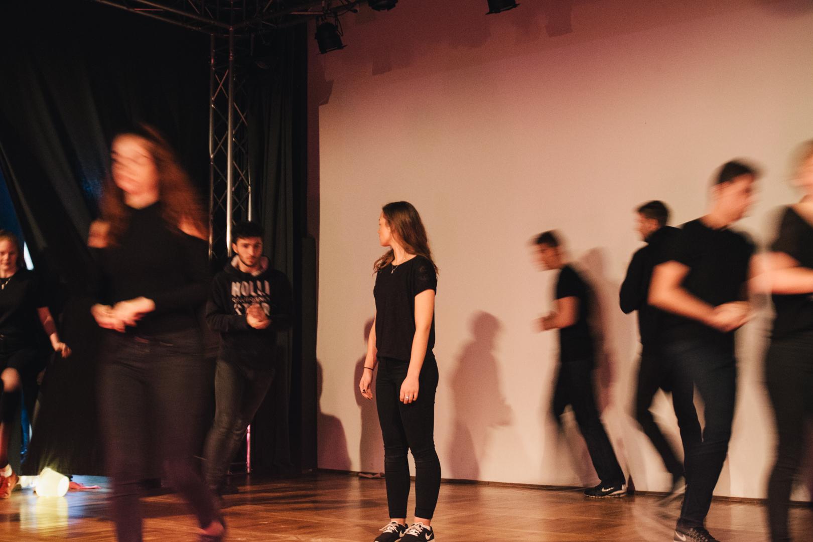 Ausschreibung: Pädagogische Honorarkraft für Jugendtheaterprojekte in Chemnitz und Zwickau